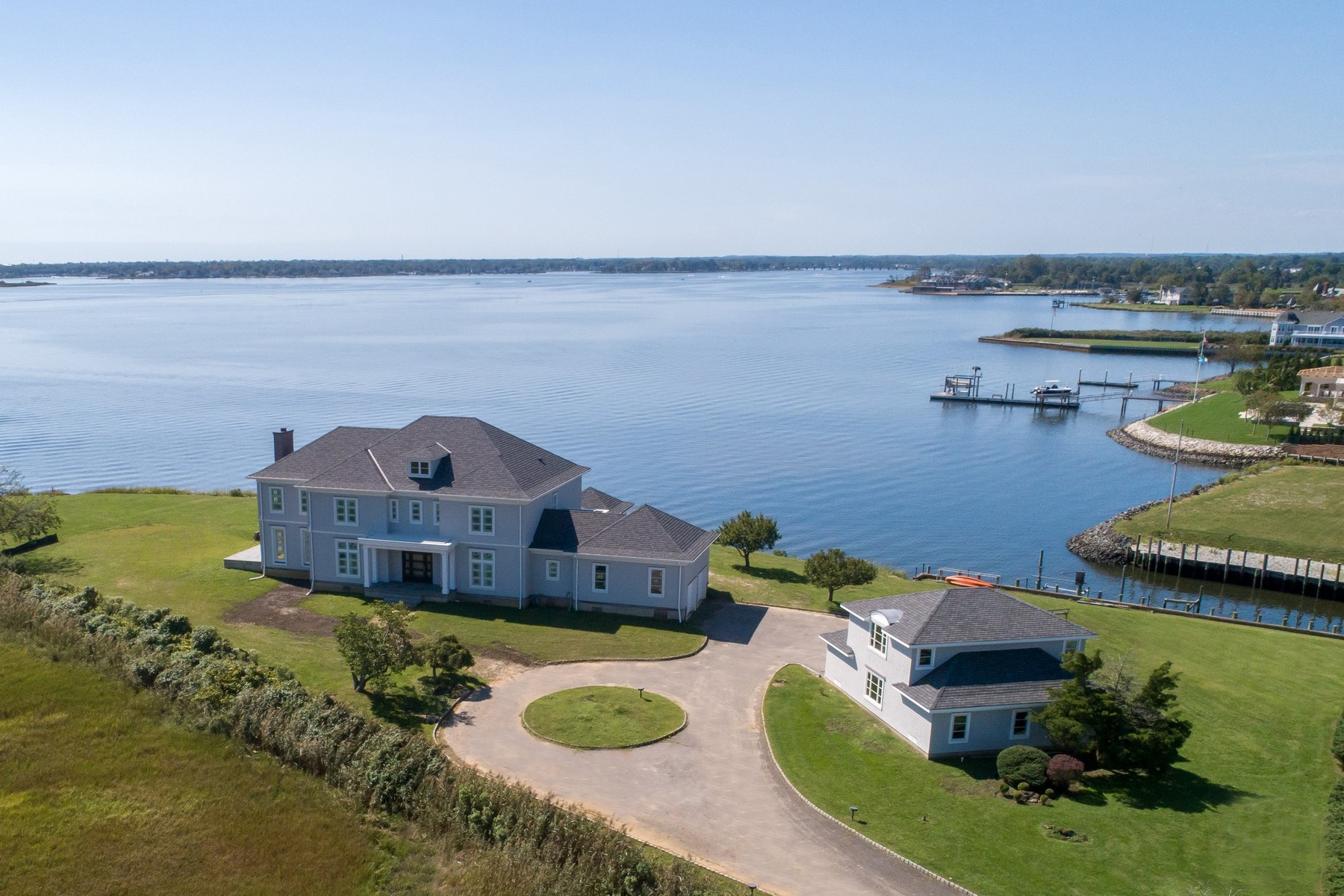 Waterfront New Construction – Rumson