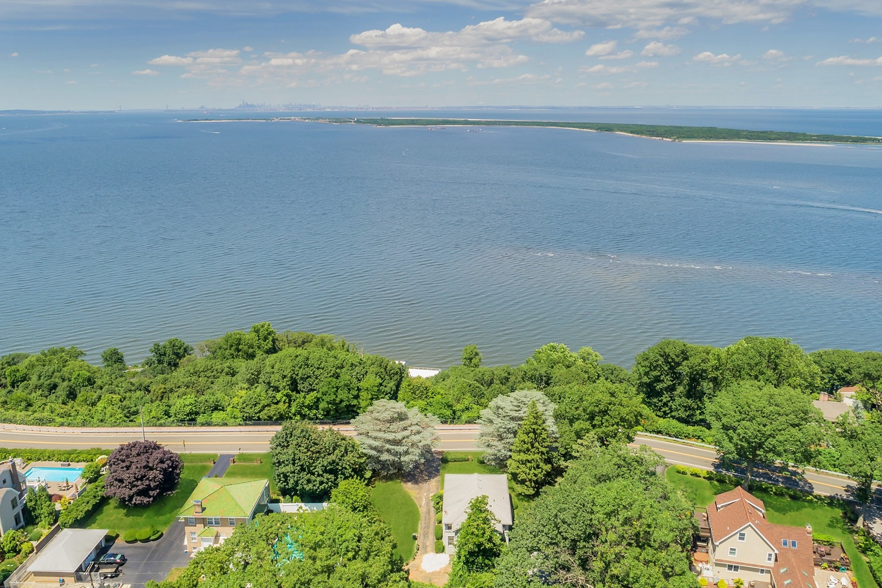 On Top of the World – Atlantic Highlands