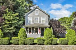 Timeless Appeal – Red Bank