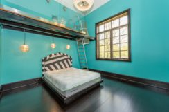 33. 1 of 7 Themed En-Suite Bedrooms with Sitting Rooms